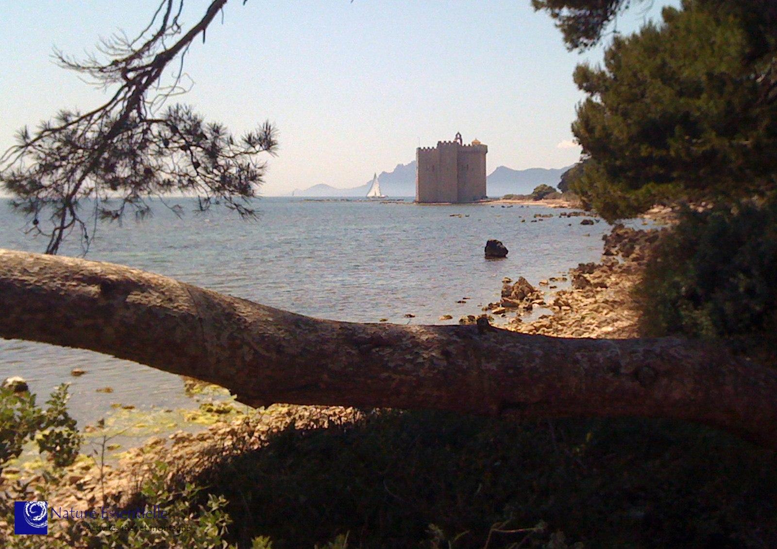 Une journée, 2 îles